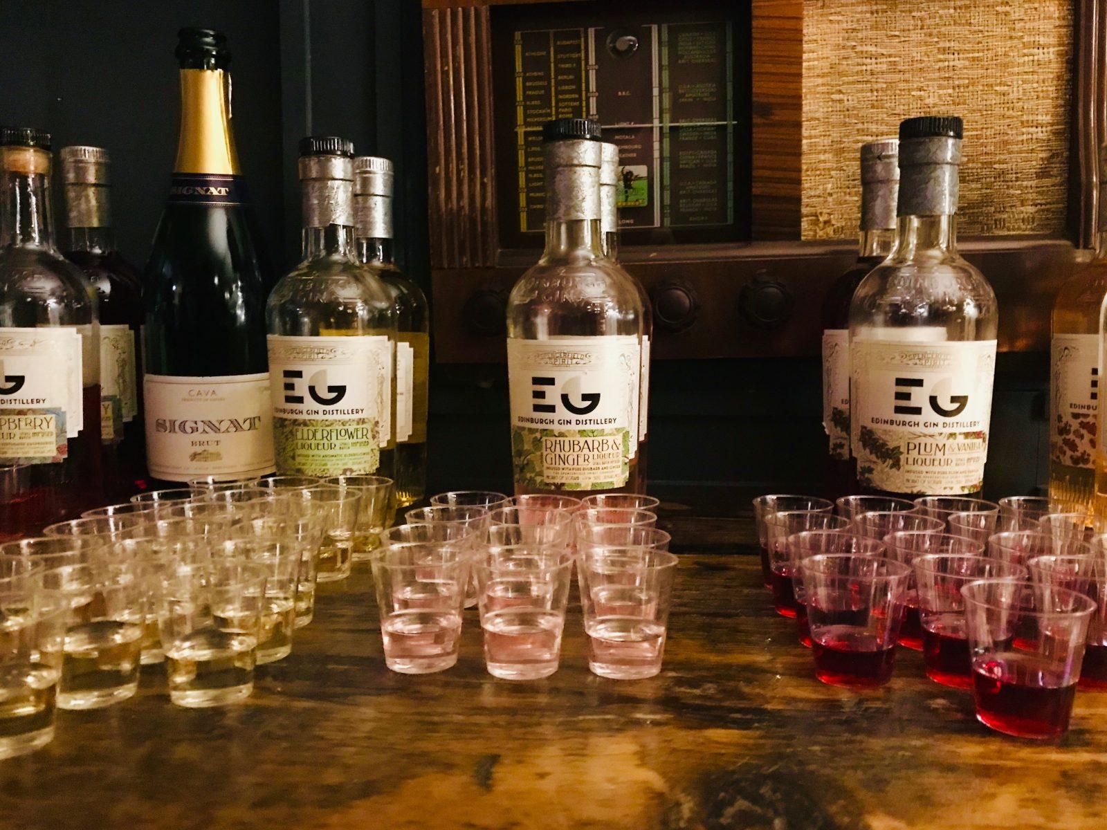 Gin Tasting on The Edinburgh Gin Tour