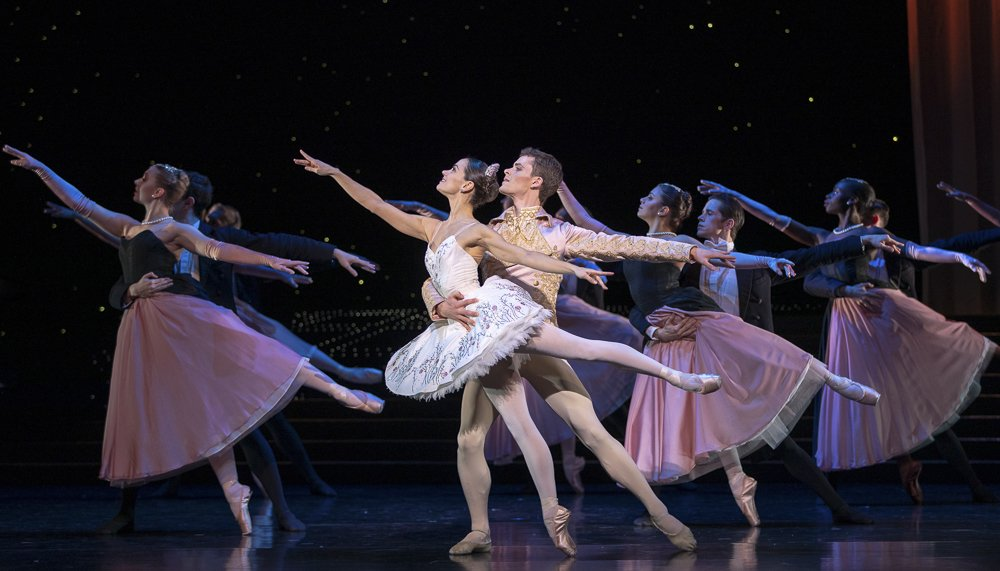 L-to-R-Sophie-Martin-and-Barnaby-Rook-Bishop-in-Scottish-Ballets-Cinderella-by-Christopher-Hampson-1.-Credit-Andy-Rossweb