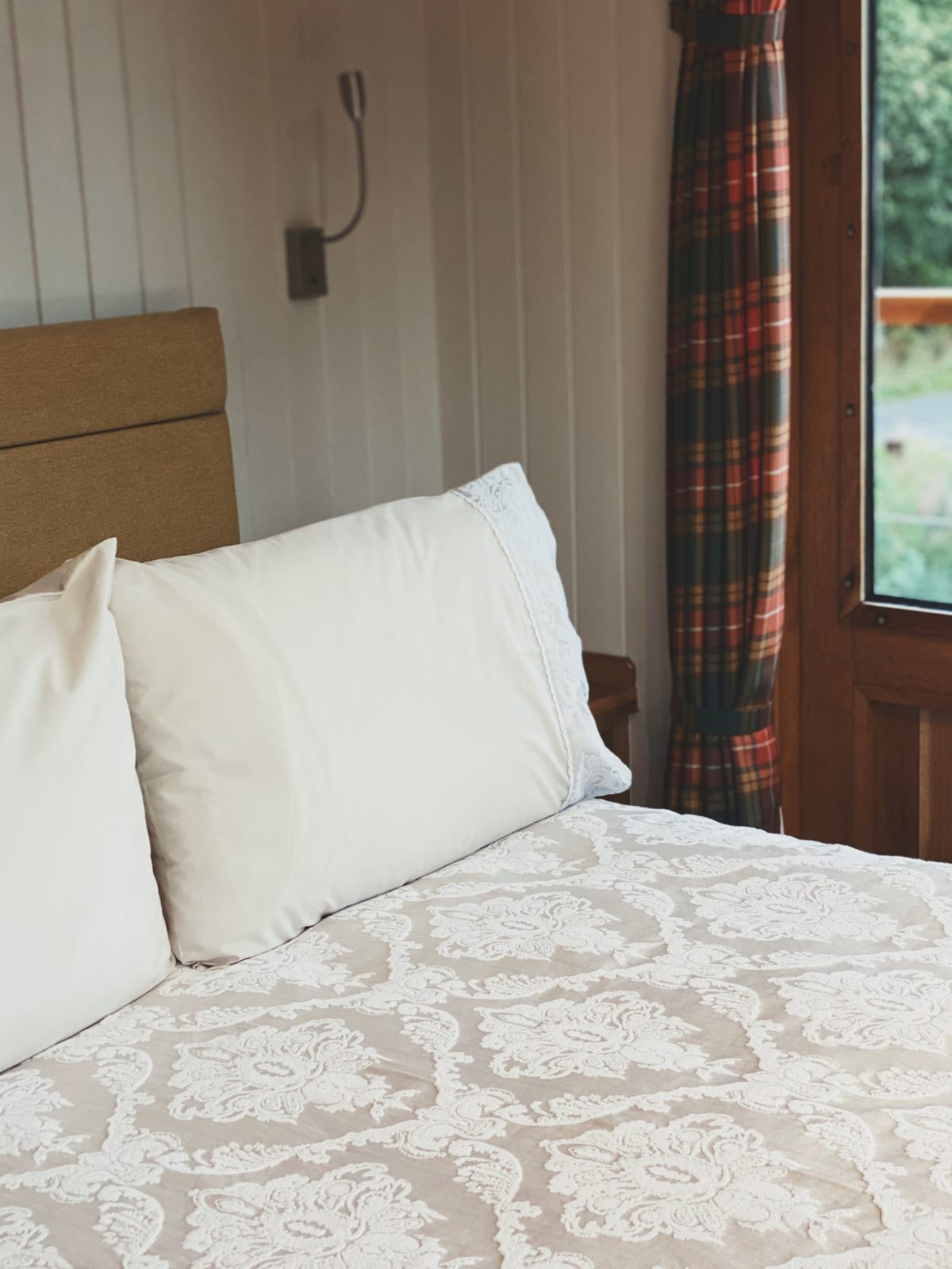 Highland Lassie cabin