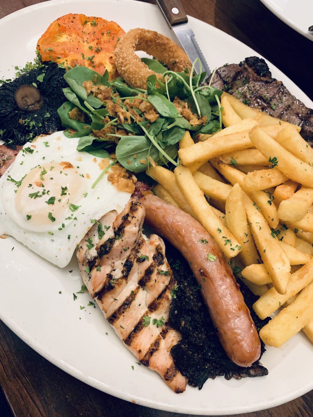 mixed grill Mosset Tavern